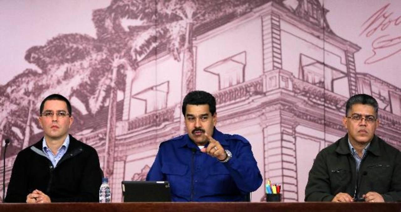 Maduro sume a Venezuela en la peor inflación: 56 %