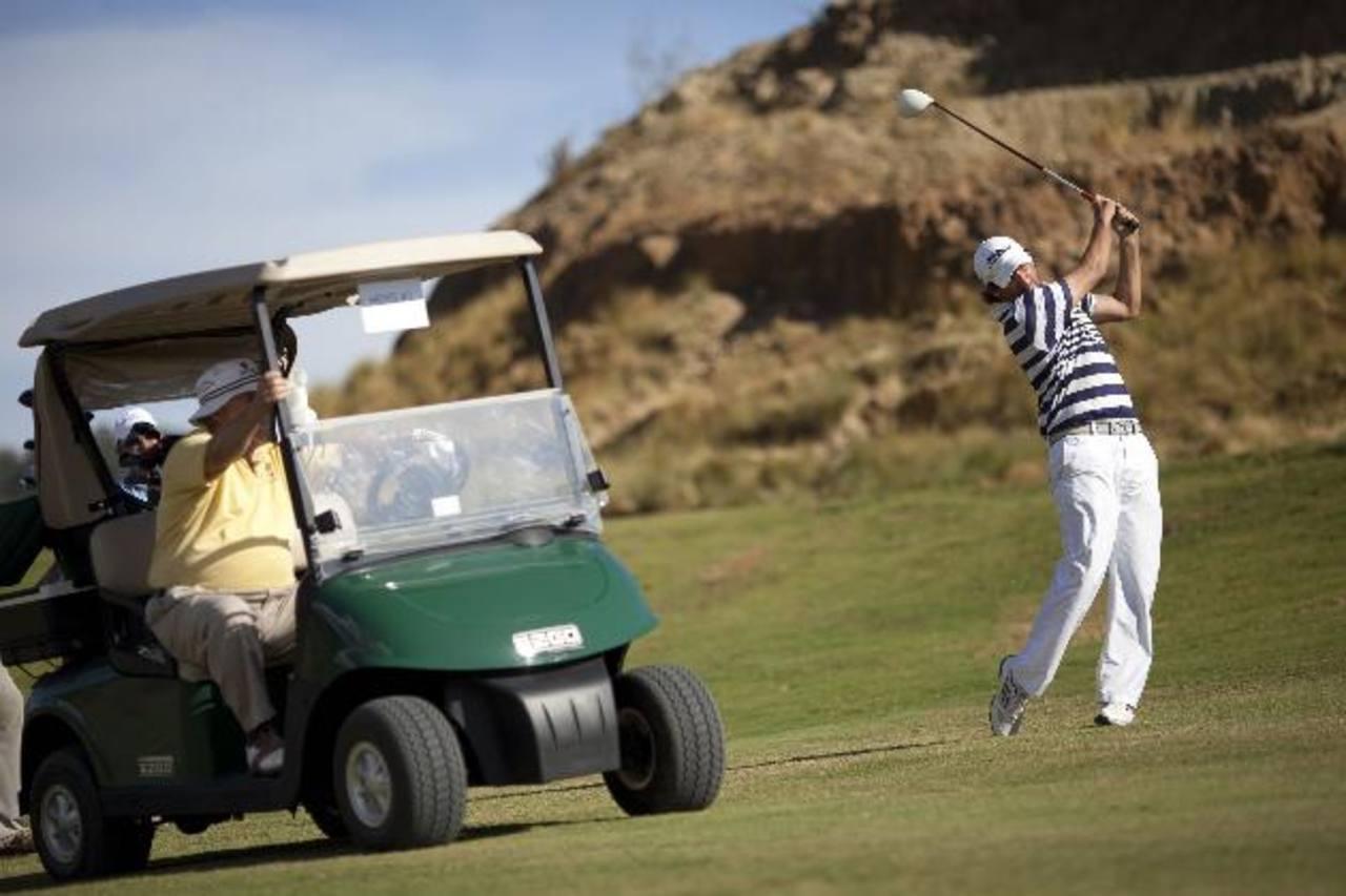 El campo participó en su primer torneo de golf, al cual asistieron más de 35 golfistas, incluyendo el presidente de Dye Design. foto edh /cortesía