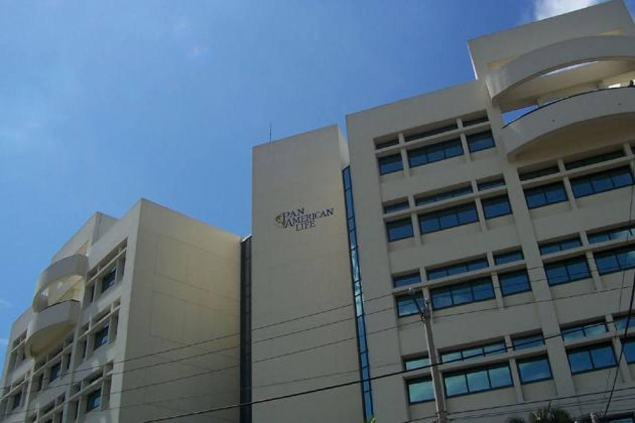 Panamerican Life Insurance Company es una de las principales aseguradoras en el país. foto edh /