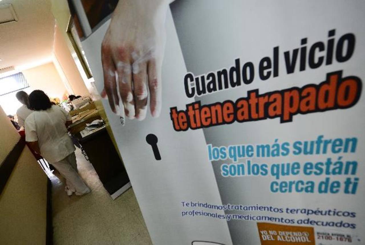 Detectan nueve casos de alcohólicos a la semana