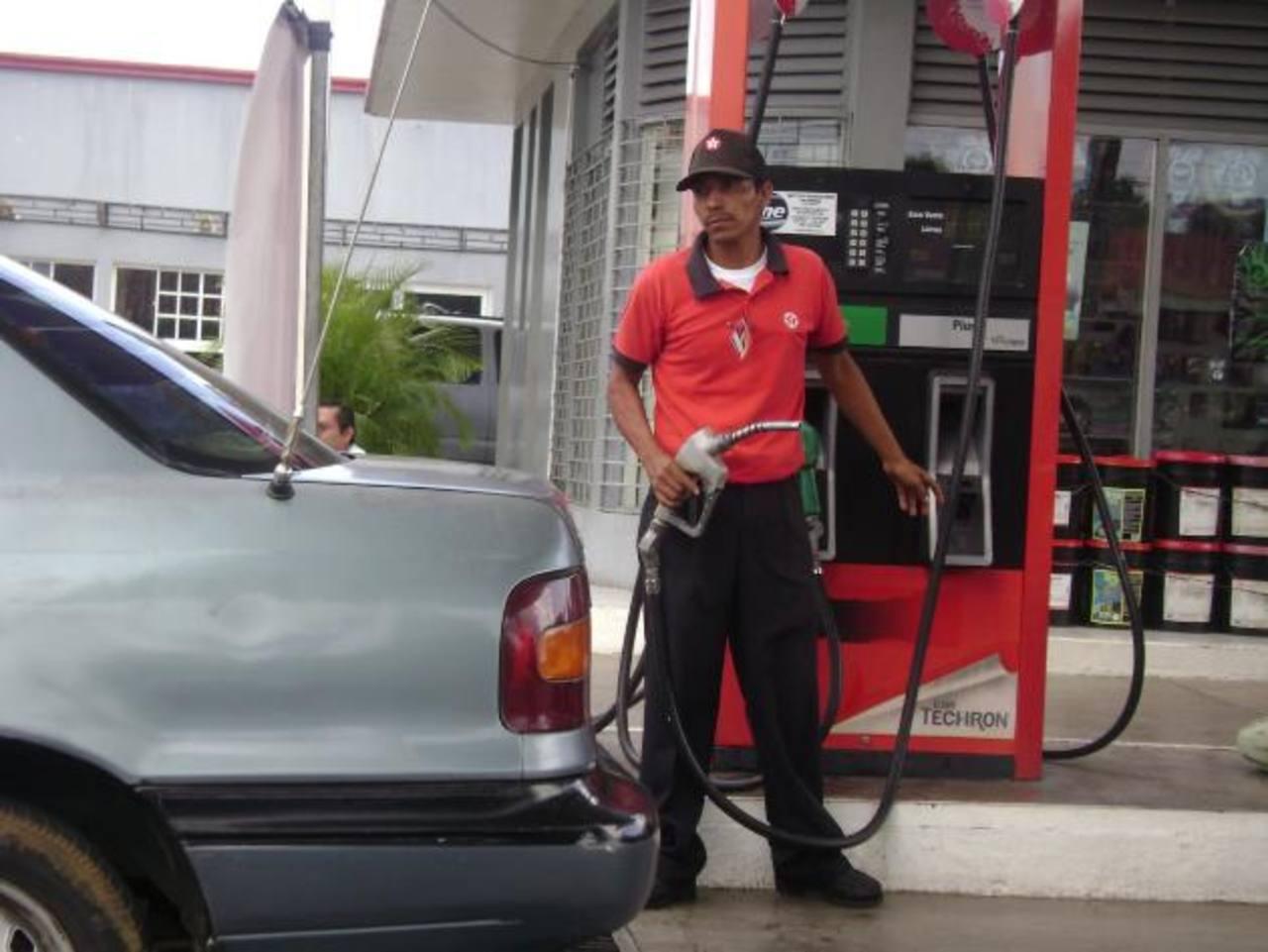 La gasolina en Nicaragua tiene un precio de $1.24 el litro.