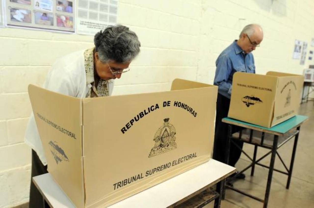 Se inició la revisión de las 16,135 actas de votación de los comicios presidenciales.