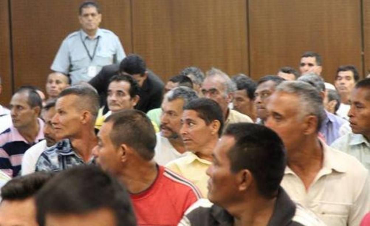 Condenan a dos años en prisión a excombatientes por desórdenes