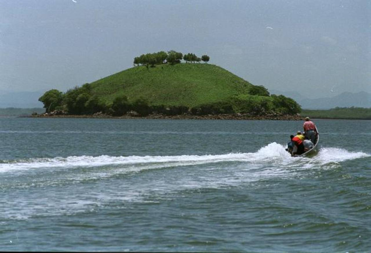 La isla Conejo mantiene en disputa a los gobiernos salvadoreño y hondureño. Foto EDH / Archivo