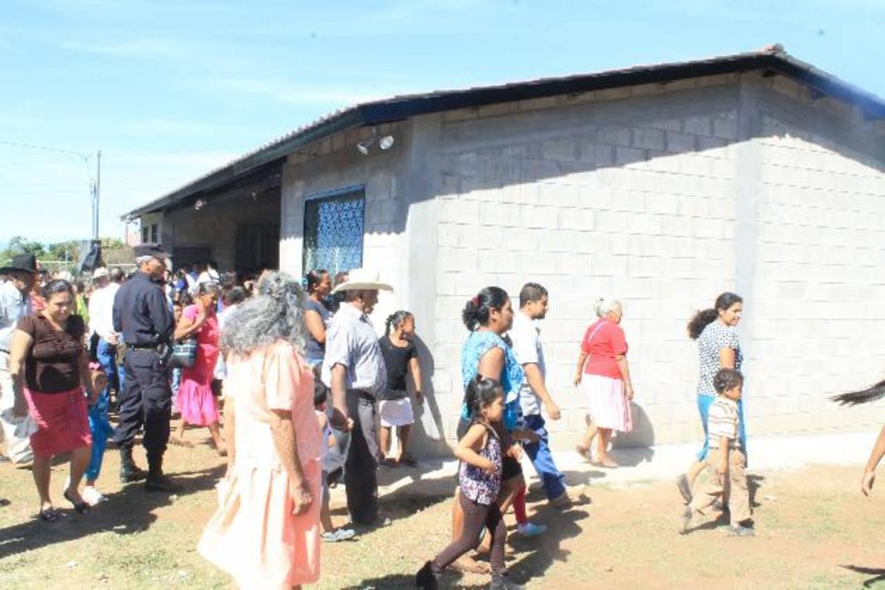 El centro posee cinco salones para atender a los jóvenes. foto edh / ROBERTO DÍAZ ZAMBRANO