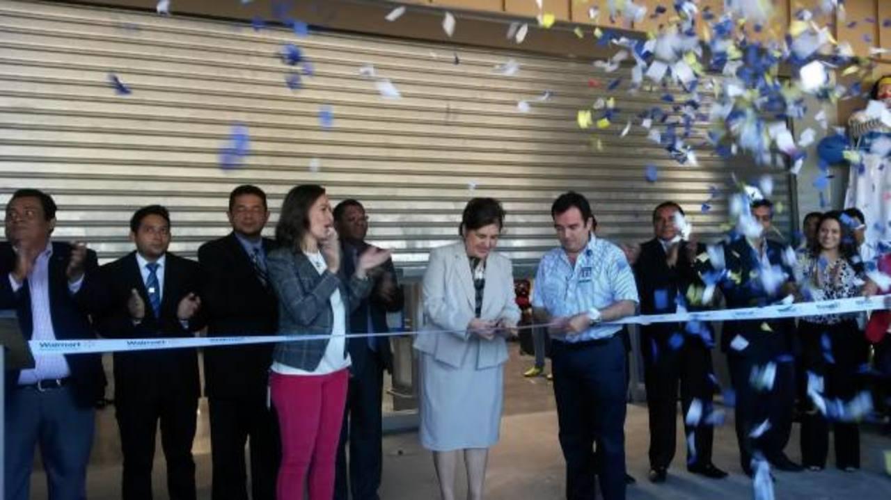 Walmart inició operaciones en Mejicanos