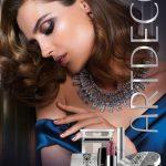 La colección está inspirada en el glamuroso look de los legendarios años 20 y su elemento principal es el brillo. foto EDH