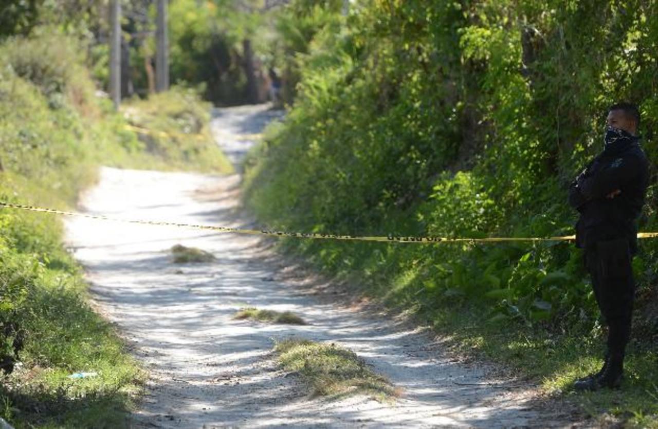 El cadáver fue hallado en una finca en el municipio de Sacacoyo, situada en el cantón Copapayo . Foto EDH / Archivo