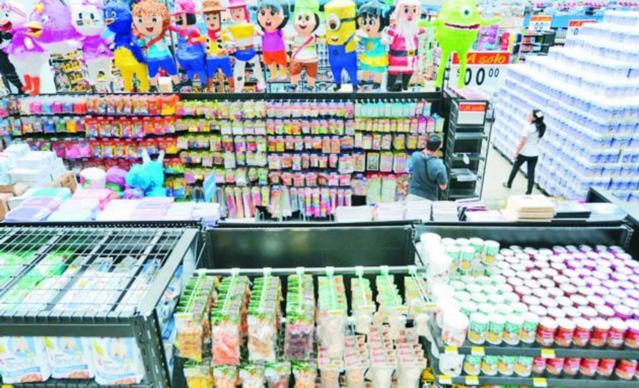 Unos 400 productores proveerán al supermercado con todo tipo de artículos. Foto edh / L.Lemus