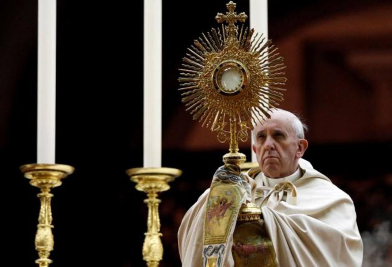 Papa Francisco pide ayudar al prójimo en 2014