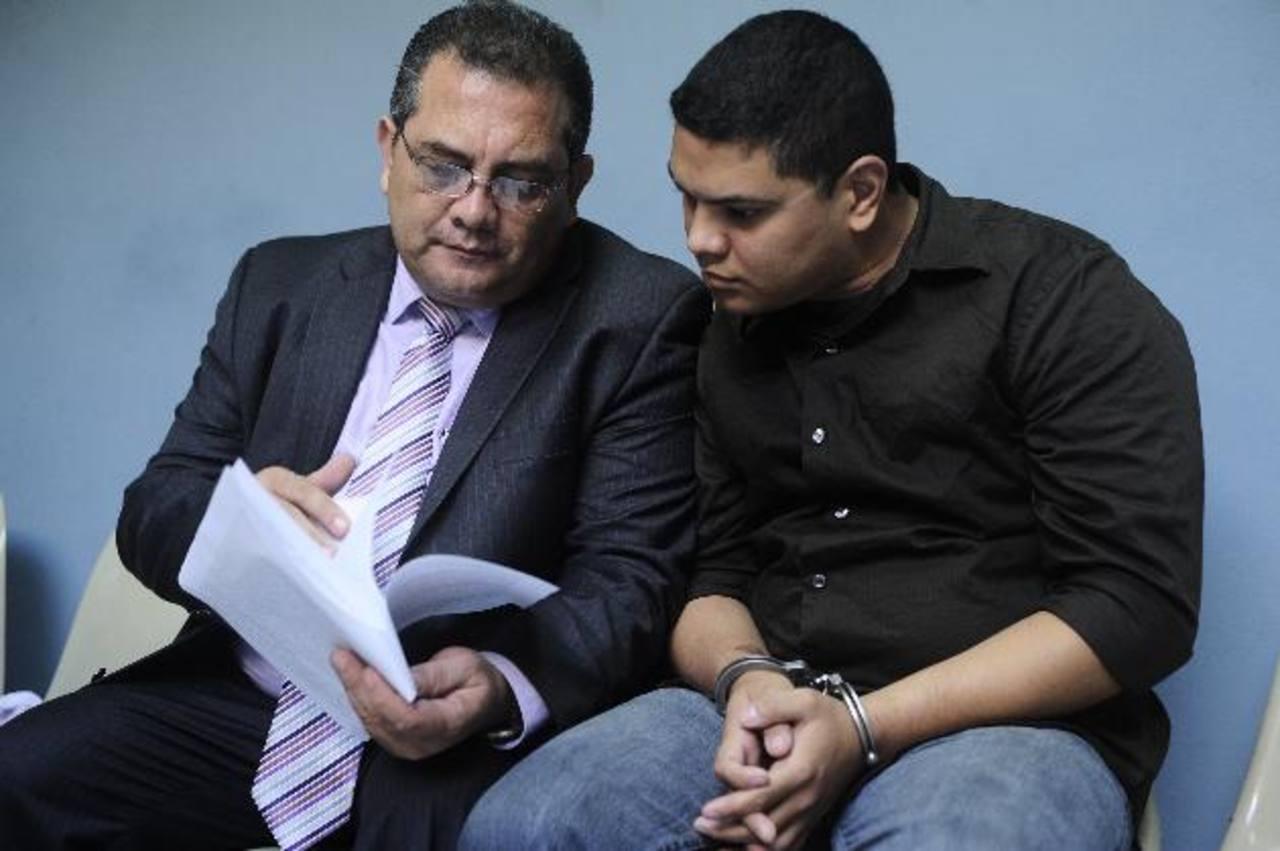 Mario Alexander Flores Bermúdez será enviado a una bartolina policial y luego a un centro penal durante seis meses. Foto EDH / Jorge reyes