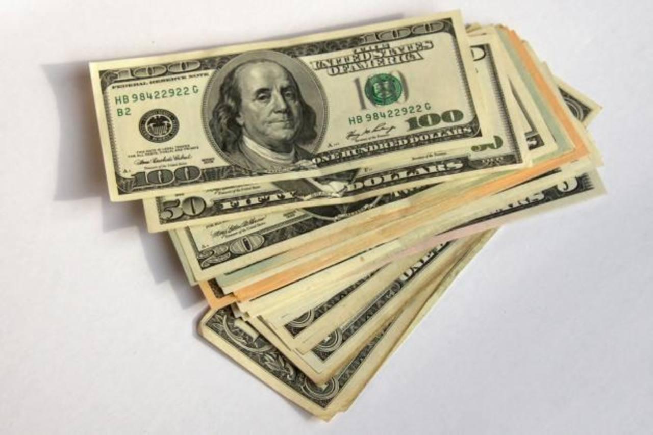 El sistema financiero presentó un crecimiento favorable en 2013. foto edh / archivo