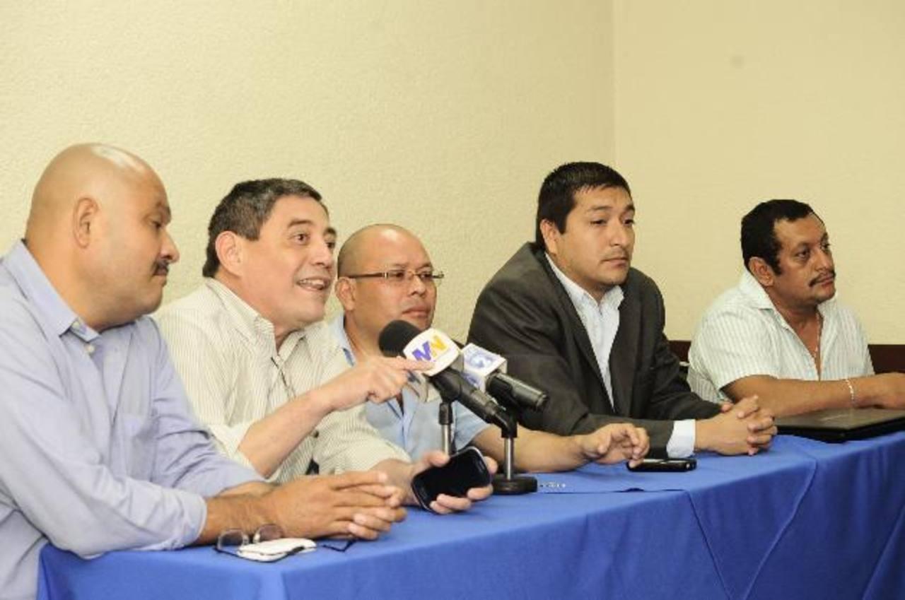"""Buseros: """"El Sitramss no existe, reforma le dará vida"""""""