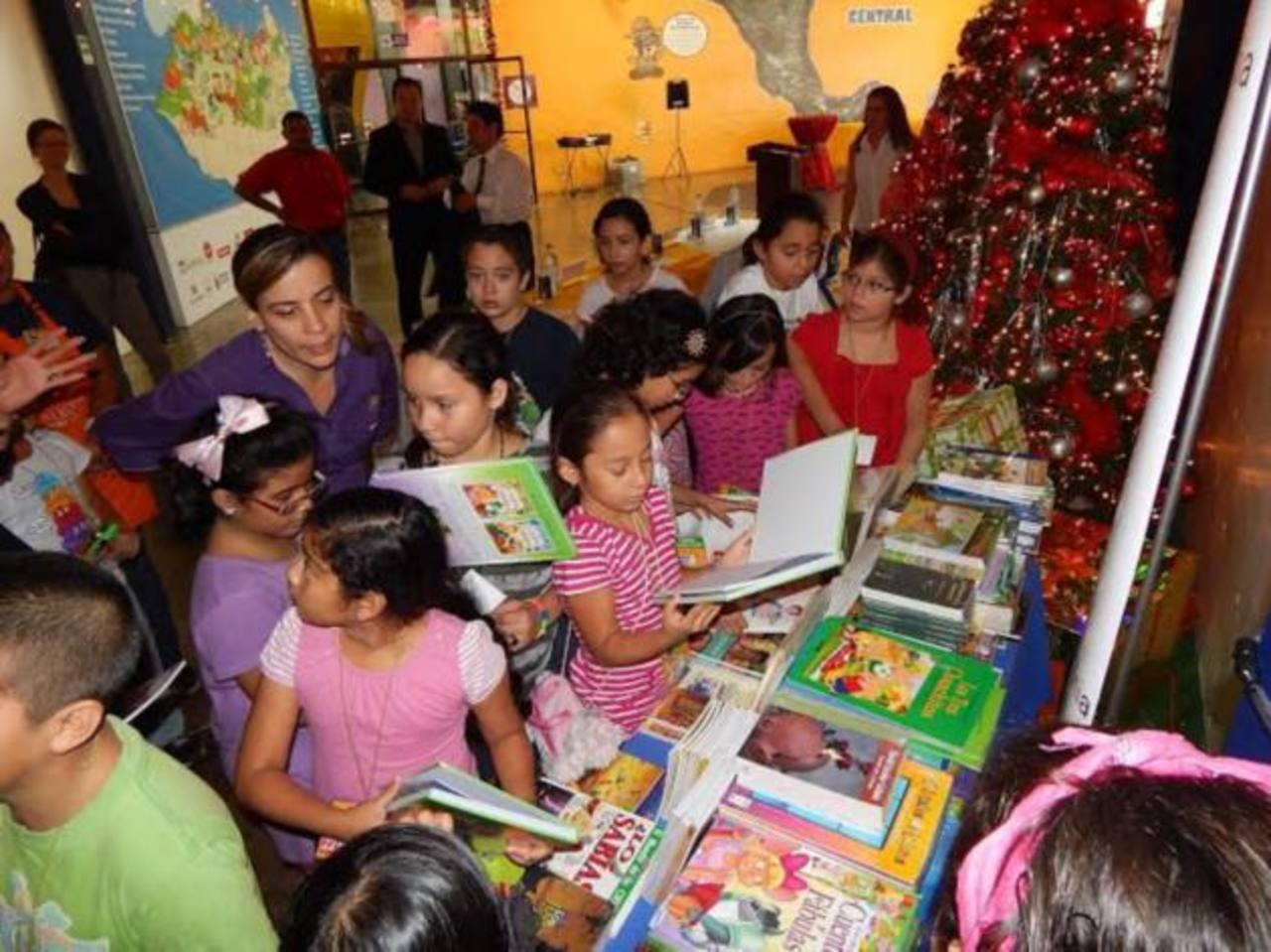 Con la lectura el museo busca estimular la imaginación de los infantes y reforzar sus conocimientos. Fotos /Cortesía