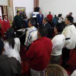 Los alcaldes de la oposición durante la reunión con Nicolás Maduro y Jorge Arreaza en el Palacio de Miraflores. foto edh / Reuters