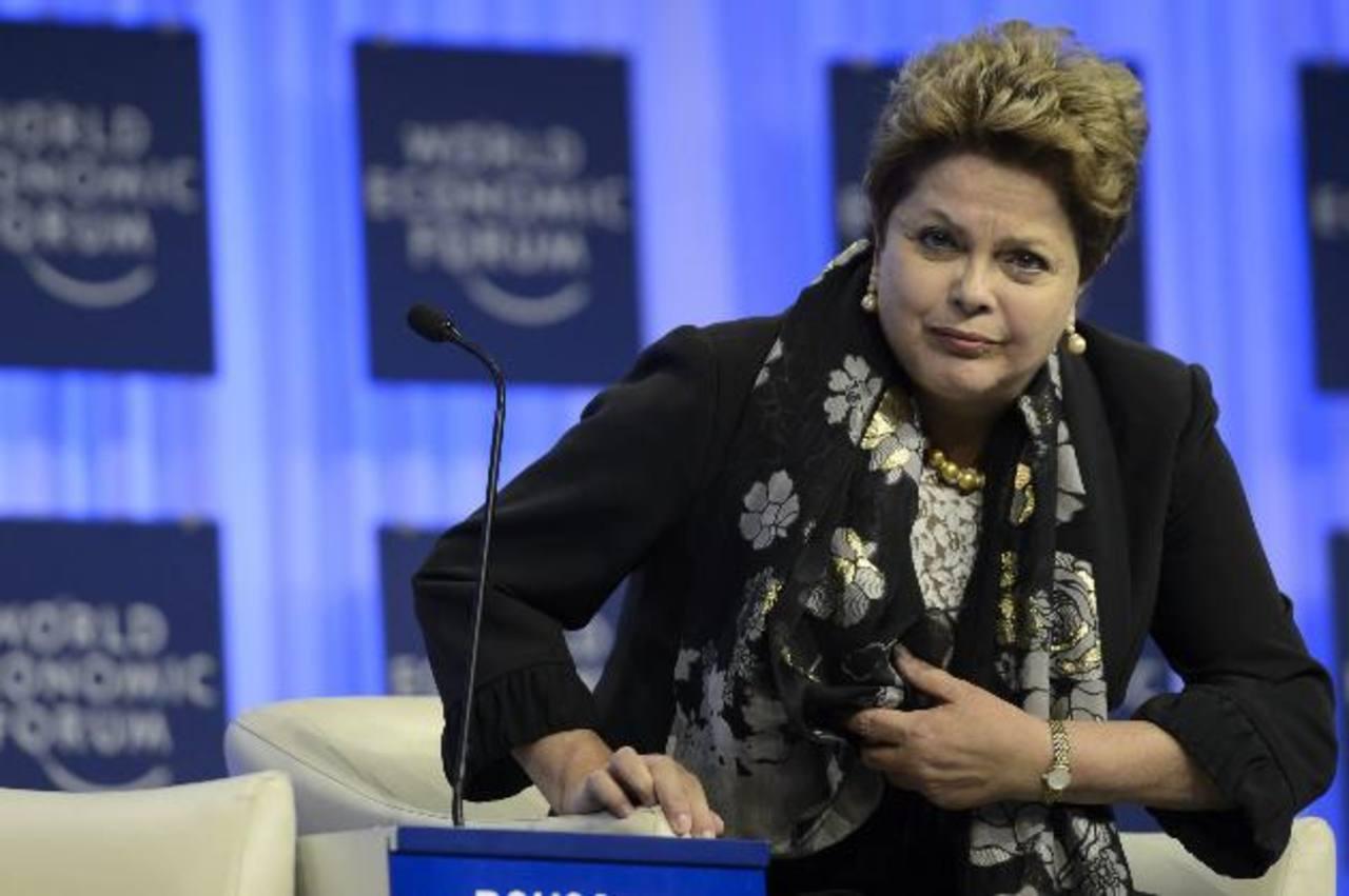Rousseff aseguró a los inversores que Brasil es un ambiente seguro, reiterando que se cumplirán los contratos y que quienes invierten en el país siempre se les ha tratado bien.