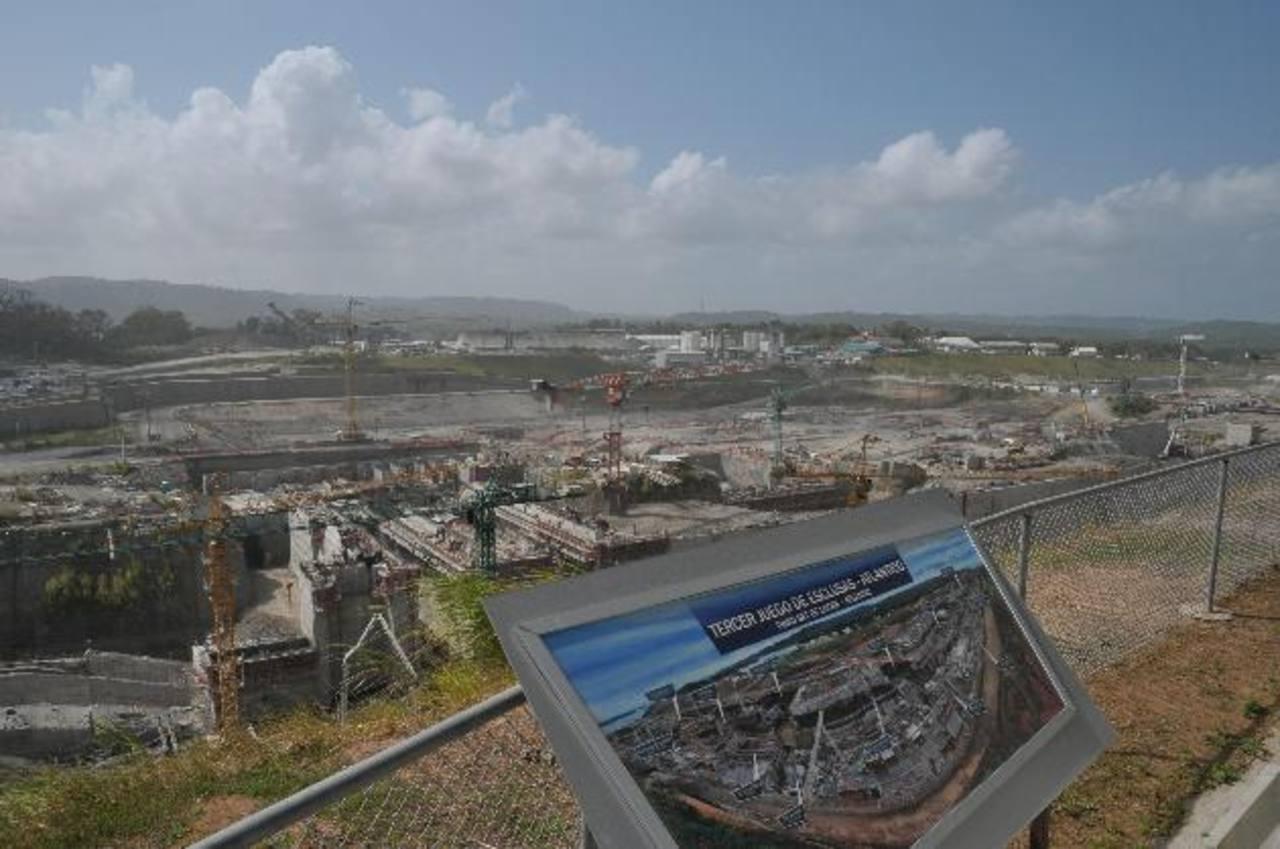 Autoridad Canal de Panamá dice consorcio discute financiamiento con Zurich