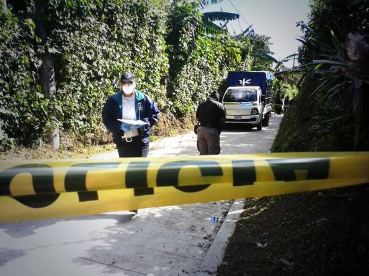 Cuatro homicidios registra la PNC este día, dos en Jayaque y dos en San Salvador.