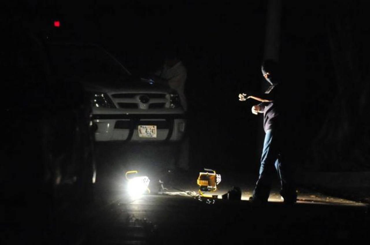 La Fiscalía General informó, hasta las 10:00 de la noche de ayer, no menos de 14 asesinatos en todo el país: seis en Ahuachapán, tres en La Paz, cuatro en Sonsonate, entre otros. Foto EDH / Archivo