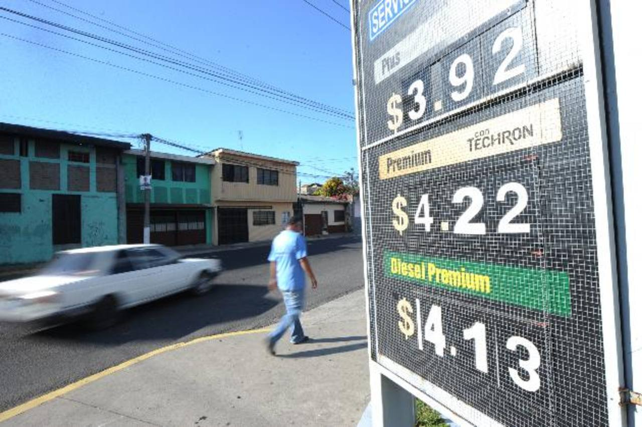 Combustibles se mantienen con alzas por tercera semana