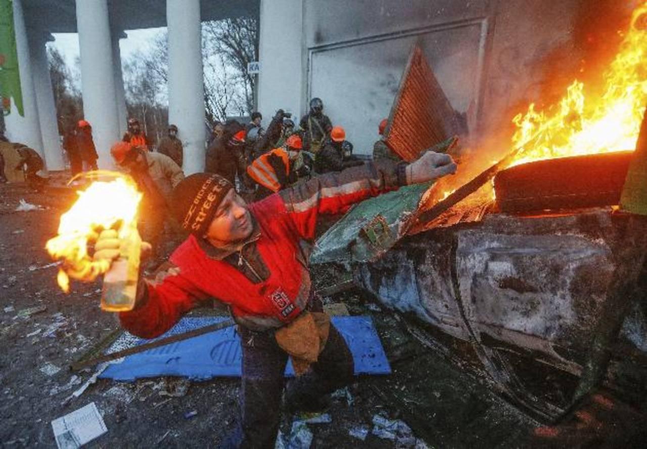 El Gobierno ucraniano no consigue restablecer el orden.