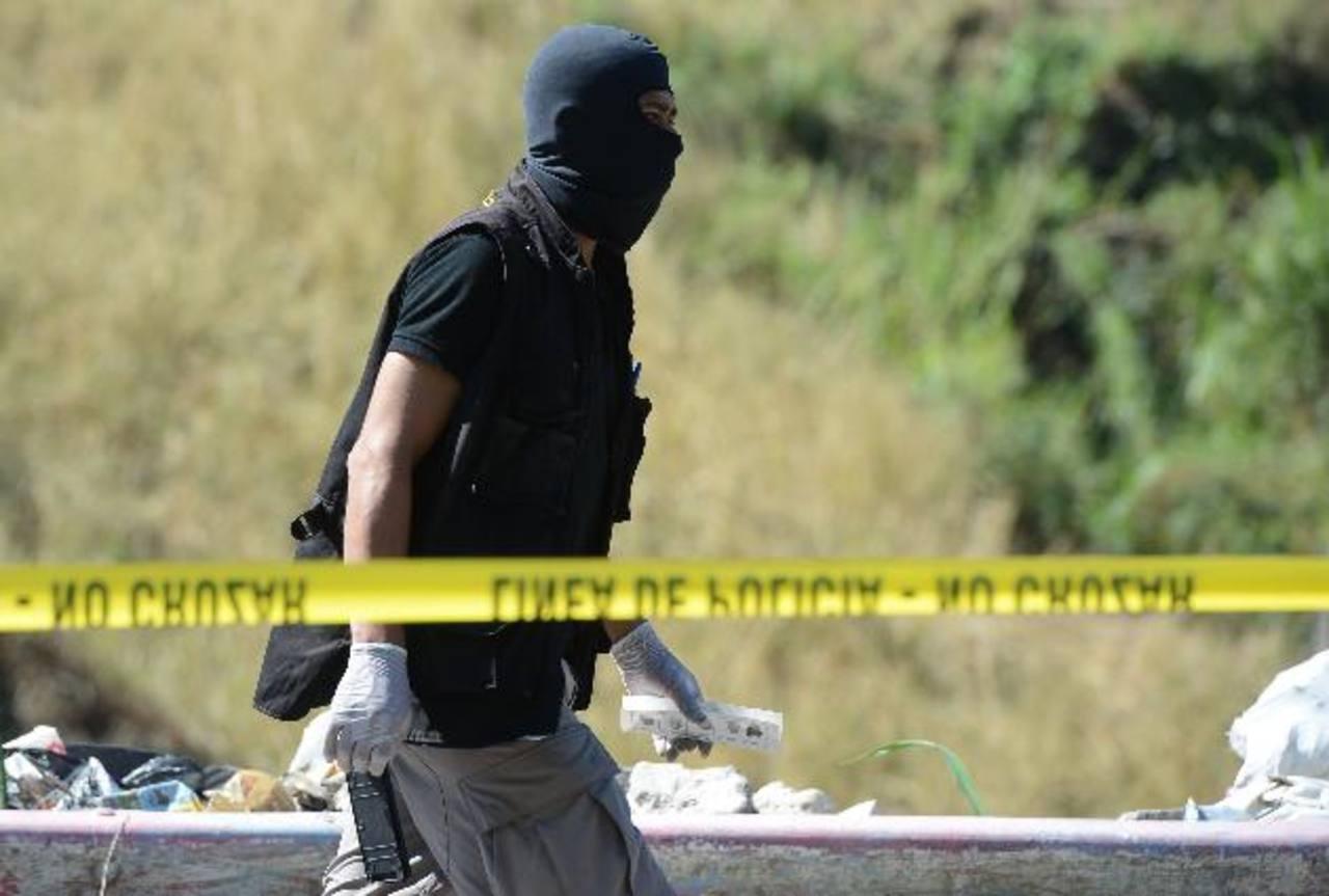 El cadáver del policía fue hallado en carretera de Oro. Foto EDH