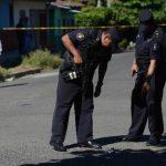El Diario de Hoy ha publicado en distintas ocasiones, en las últimas semanas, ataques de mareros a agentes durante procedimientos policiales.