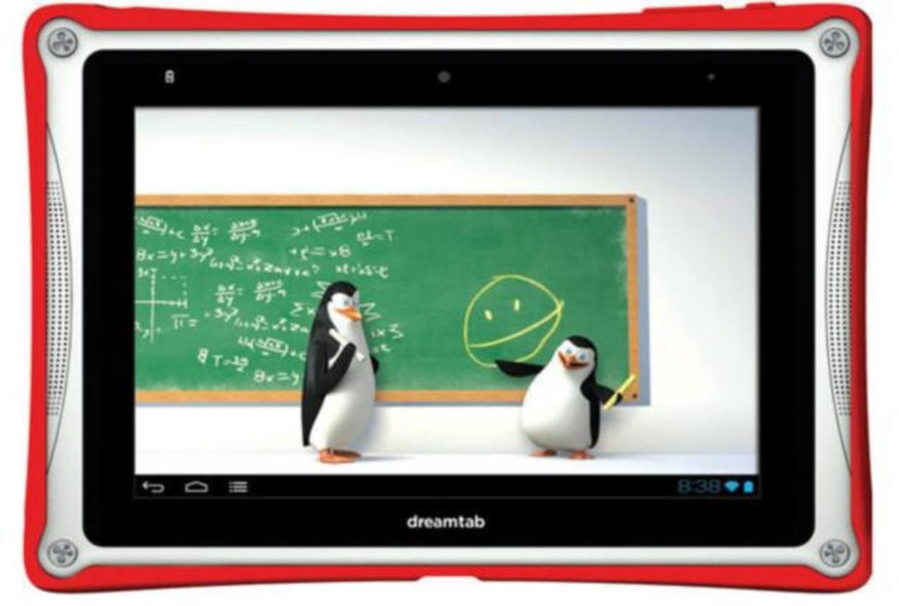Los pingüinos de Madagascar bailarán para saludar al niño y darle la bienvenida. foto EDH