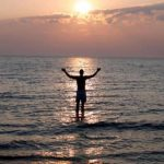 Líder religioso intentó caminar sobre agua... se ahogó