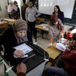 Egipcios votaban por un referendo constitucional que se celebra este martes y miércoles. Foto/ AP