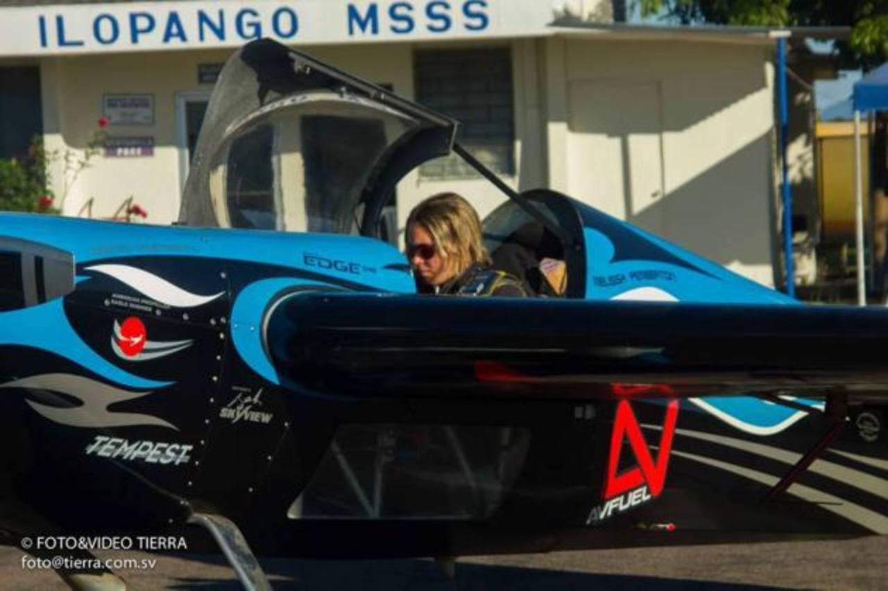 Melissa Pemberton. FOTO EDH Tomado de Ilopango Airshow Oficial.
