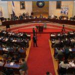 Transportistas de carga nacionales estarán exentos del pago de 18 dólares en las aduanas