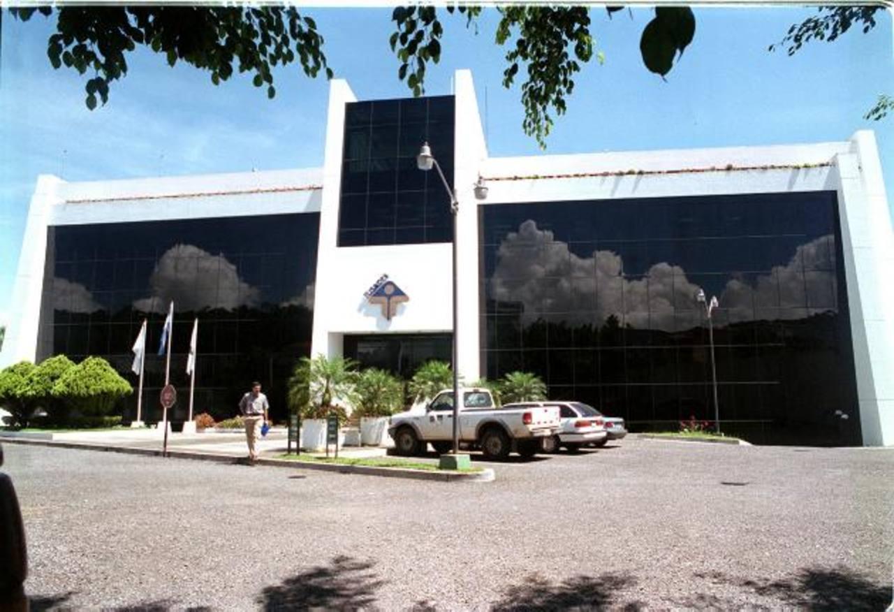 Sede en Santa Elena de la Fundación Salvadoreña para el Desarrollo Económico y Social (Fusades). Foto EDH / archivo