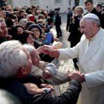 """Papa Francisco limita el uso del título """"monseñor"""""""