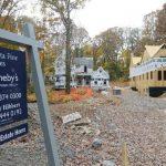 La venta de viviendas nuevas cayó más de lo esperado, aunque el mercado sigue fuerte. Foto edh /archivo