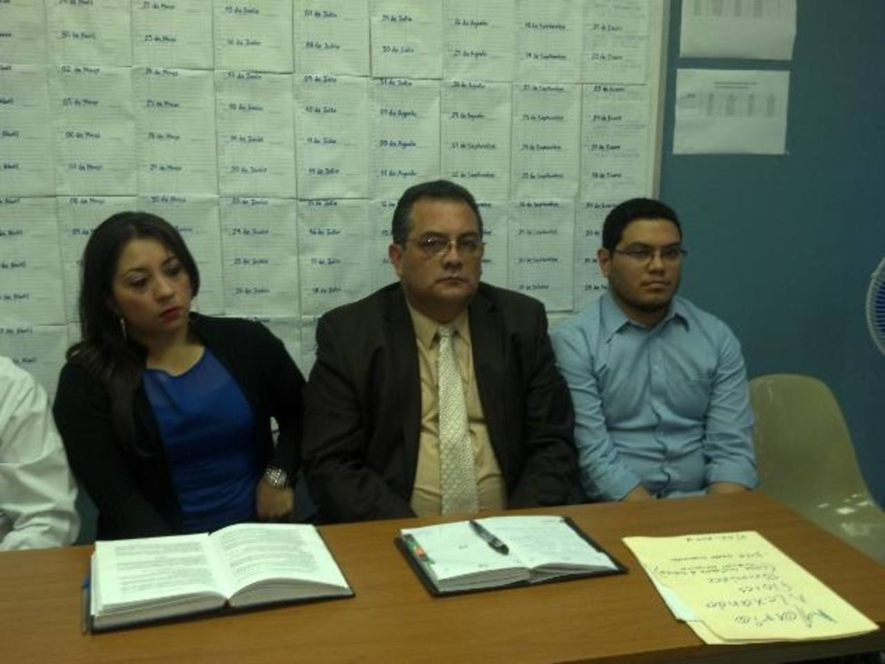 Mario Alexander Flores, (a la derecha), acusado del accidente en el que murieron tres personas. Foto EDH / Jaime López