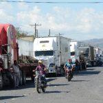 El cierre en las fronteras evidenció los problemas aduanales y la falta de integración entre El Salvador y sus vecinos en temas comerciales. FOTO EDH / ARCHIVO