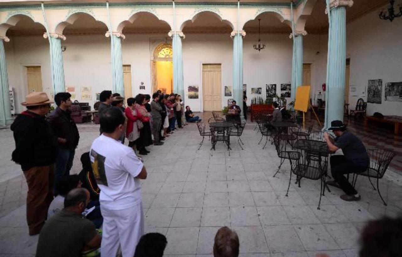 Ayer, en el Palacio Tecleño, el Proyecto Lagartija ofreció una tarde de teatro para clausurar lo que fue el IX Encuentro Centroamericano de Actores y Actrices. Fotos EDH /Omar Cabonero
