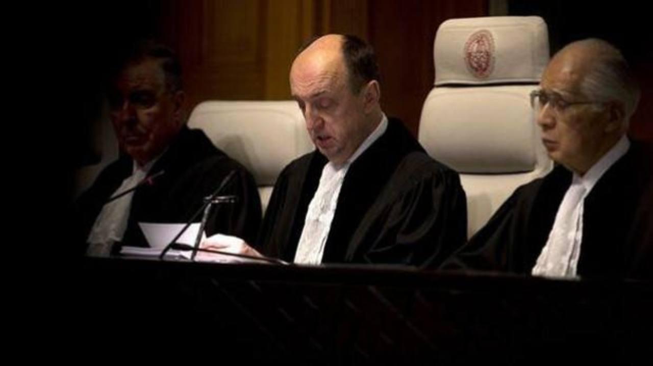 El juez, Peter Tomka, quien hizo pública la sentencia. Foto AP