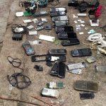 Decomisan 140 celulares en requisa en penal de Ciudad Barrios