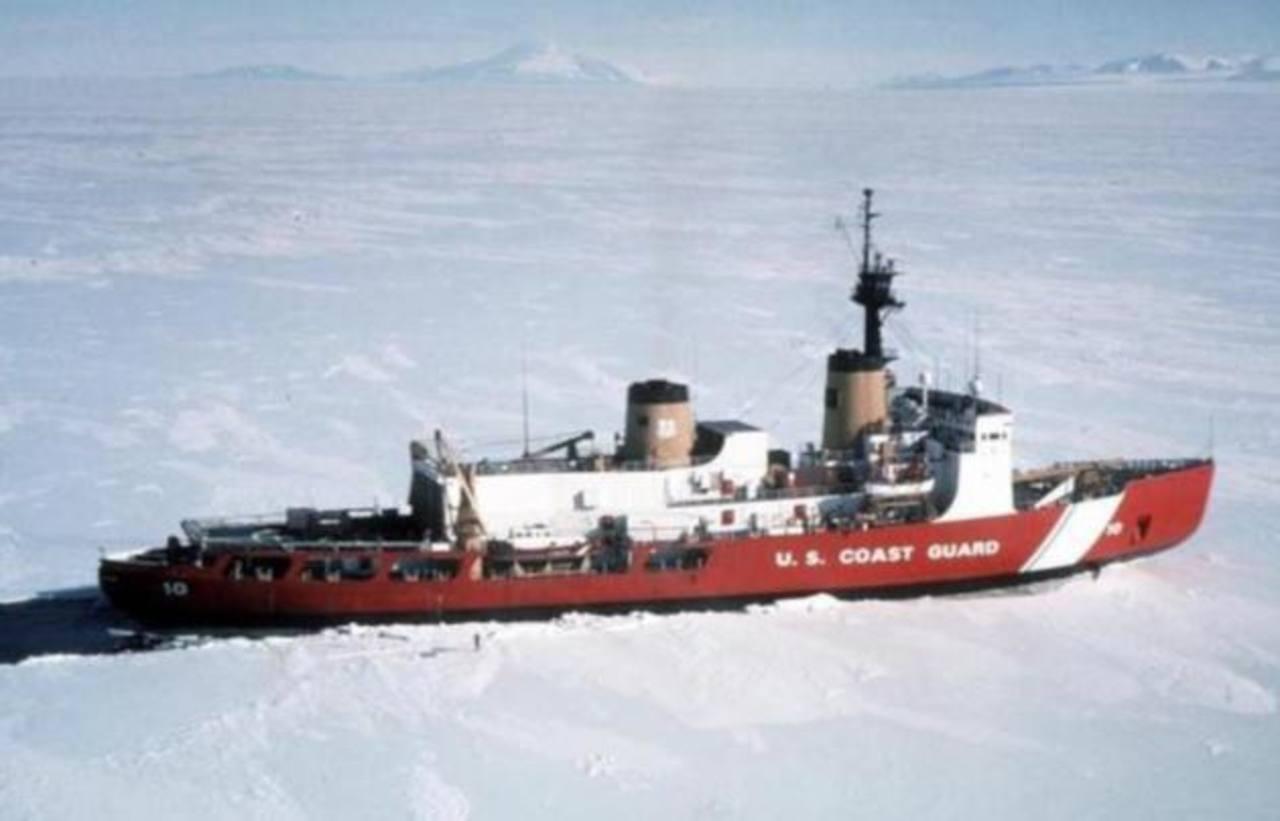 Rompehielos de EE.UU. al rescate de buques atrapados en la Antártida