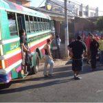Un hombre murió al interior de un bus de la ruta 218.