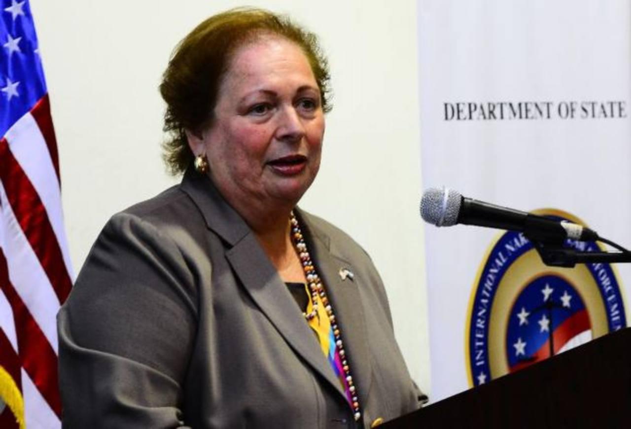 Reporte de Departamento de Tesoro no significa que haya investigación de expresidente Flores en caso $10 millones