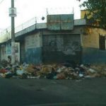 Así lucen las calles del centro de Mejicanos. Foto vía Twitter Mauricio Castro