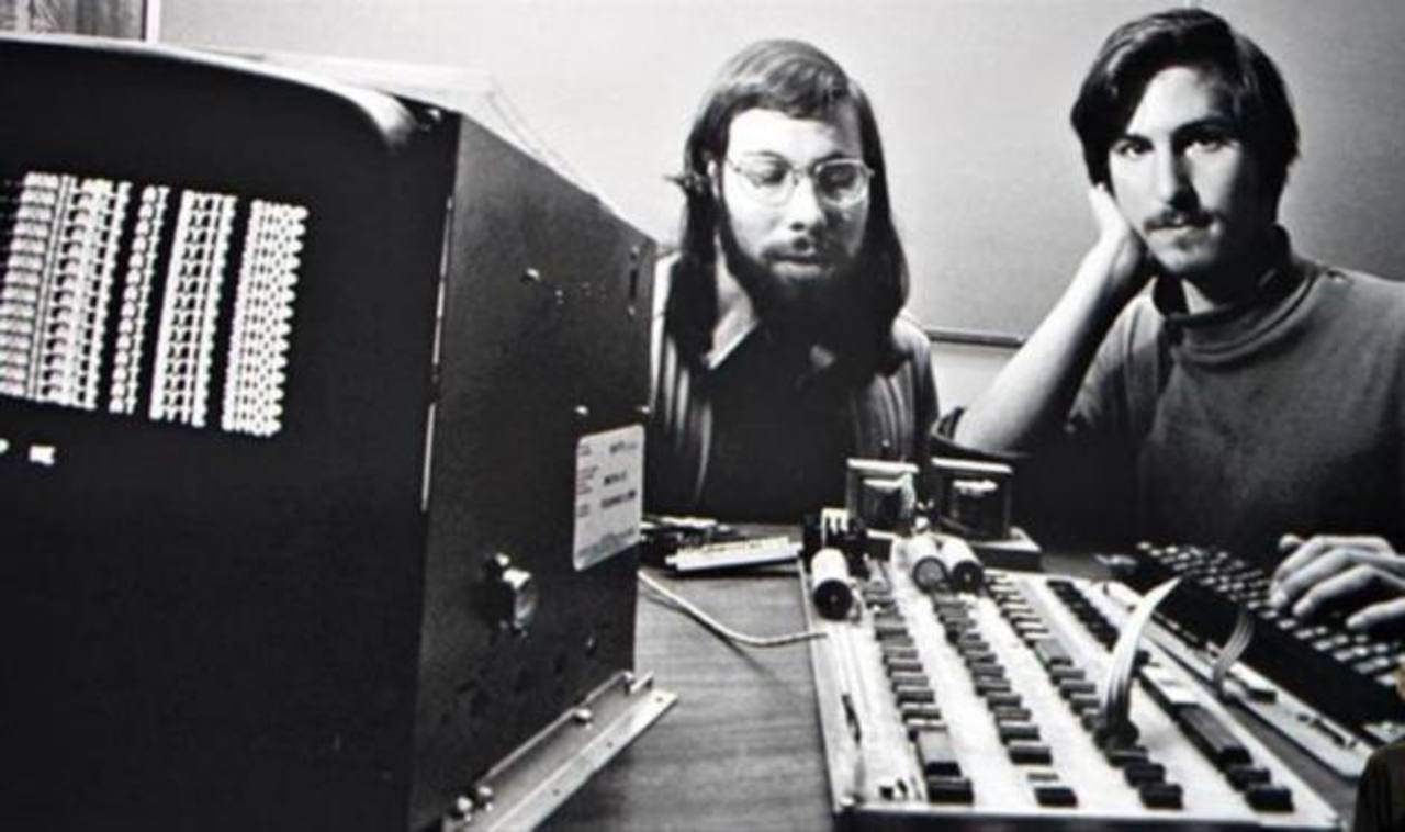 Macintosh celebra hoy sus 30 años de vida | elsalvador.com
