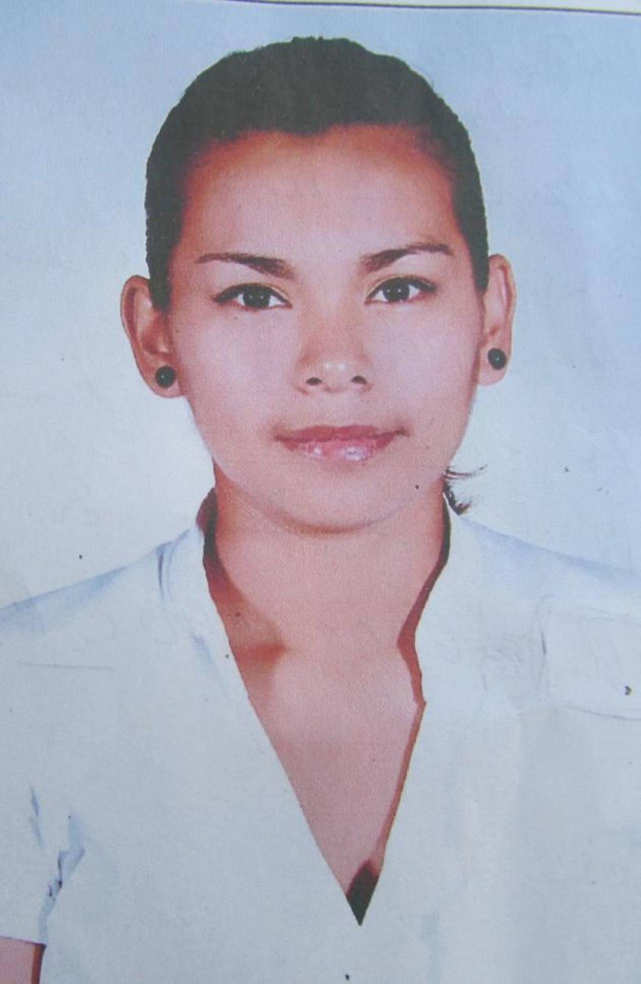 Rodrigo Andrés y Rosa Marlene, ambos de apellido Ramírez, de 19 y 30 años, desaparecieron del centro de San Salvador.