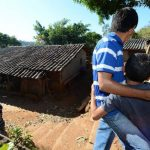 Hombres enmascarados acribillaron a los miembros de una familia mientras esta veía televisión. Foto EDH / Éricka Chávez