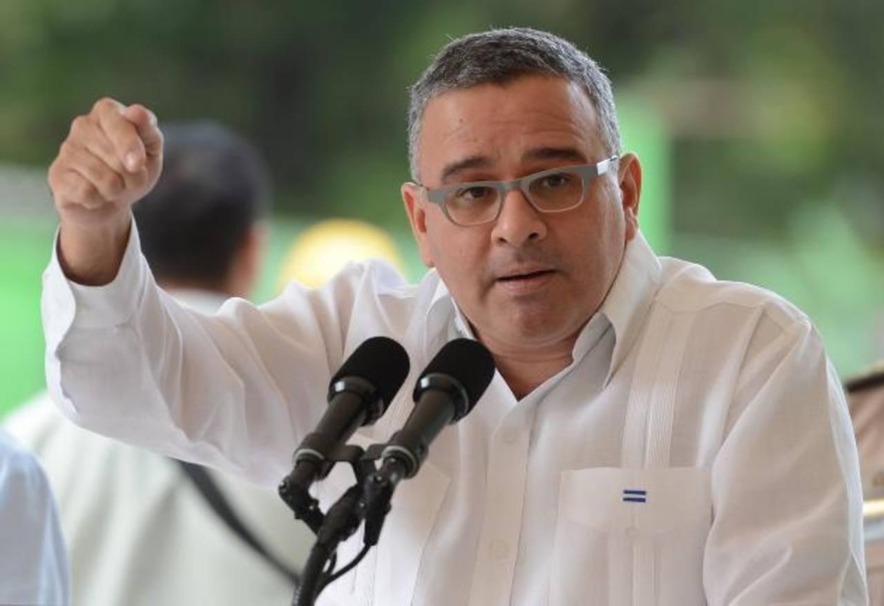 Las promesas a medias del gobierno de Mauricio Funes