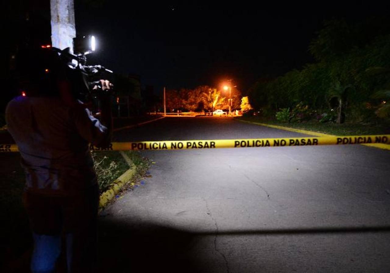 El comisionado Mauricio Arriaza Chicas y su familia resultaron ilesos del ataque sufrido el martes. Foto EDH / Jorge Reyes