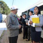 Las empleadas de la CCR acudieron ayer a la Fiscalía General a denunciar a Tóchez por agresión verbal. Foto EDH / M. Cáceres